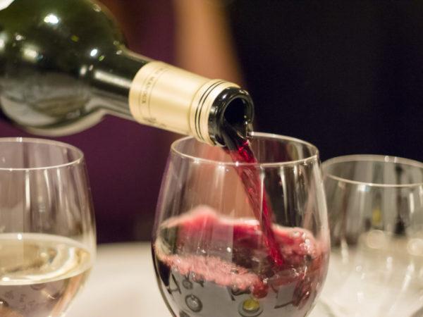 Cómo maridar vinos y embutidos